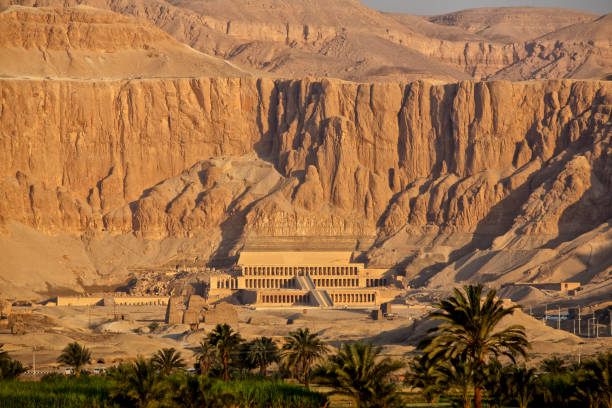 Temple of Queen Hatshepsut, Deir el-Bahari, Luxor, Egypt Sunrise in Western Thebes, the view of the Temple of Queen Hatshepsut (), Upper Egypt valley of the kings stock pictures, royalty-free photos & images