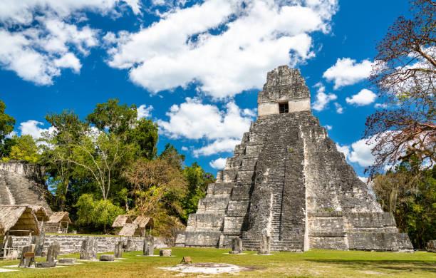 Tempel des großen Jaguars bei Tikal in Guatemala – Foto