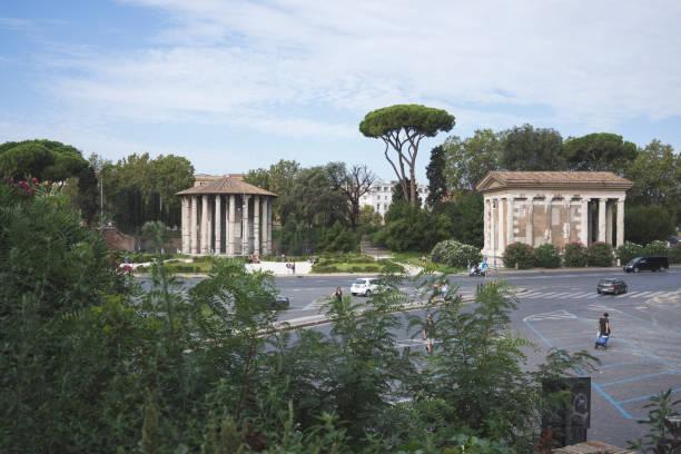tempio di vesta - roma foto e immagini stock