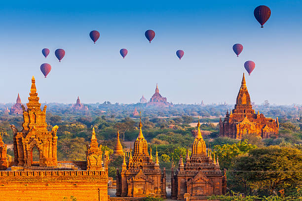 temples in Bagan, Myanmar temples in Bagan, Myanmar myanmar stock pictures, royalty-free photos & images