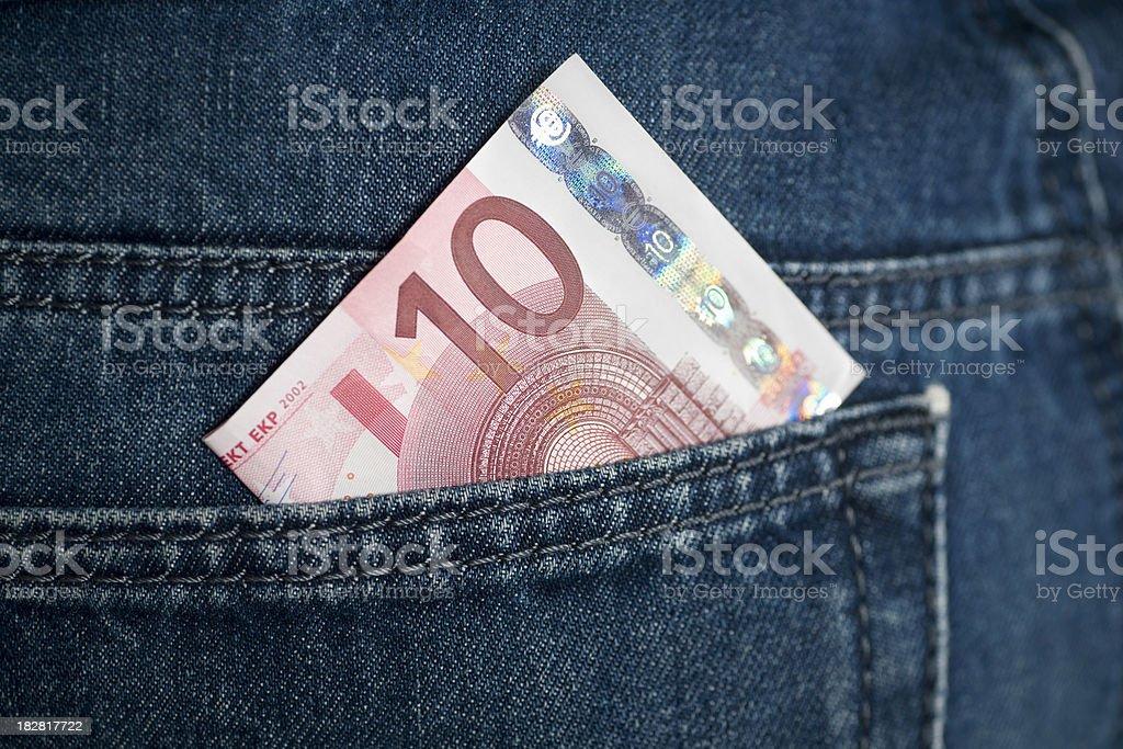 Zehn Euro in jeans Tasche – Foto