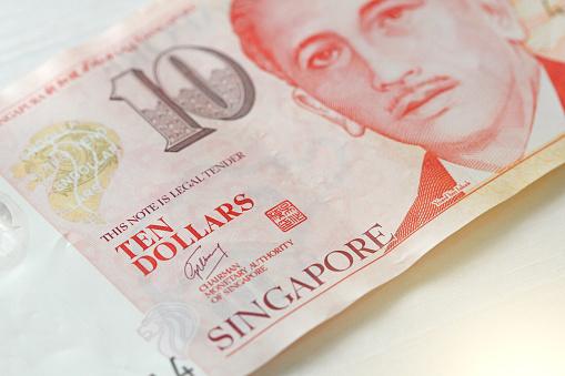 Tien Singaporese Dollars Met Één Nota 10 Dollar Stockfoto en meer beelden van Aziatisch eten