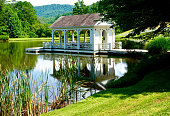 istock Tennessee Lakehouse 1332903614