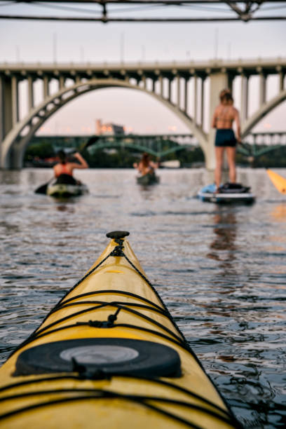 Tennessee River Paddling on the Tennessee River tennessee river stock pictures, royalty-free photos & images