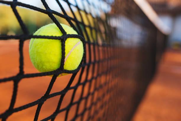 Tennisball Netz - Bilder und Stockfotos - iStock