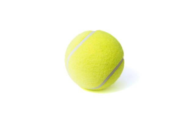 tennisball isoliert auf dem weißen hintergrund - filzkugeln stock-fotos und bilder
