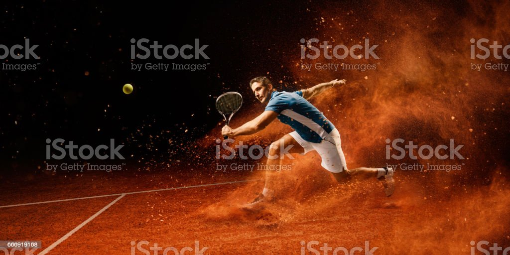 Tennis : Mâle sportif en action - Photo