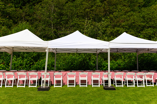 tent and party rentals for outdoor events picture id1161231905?k=6&m=1161231905&s=170667a&w=0&h=tssH9bPpRKfODbNJ r3RUvSFepQRydmnsYf20 P7gUM=