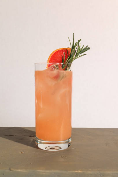tequila paloma cocktail with fresh grapefruit l - stock image - grapefruit cocktail stock photos and pictures