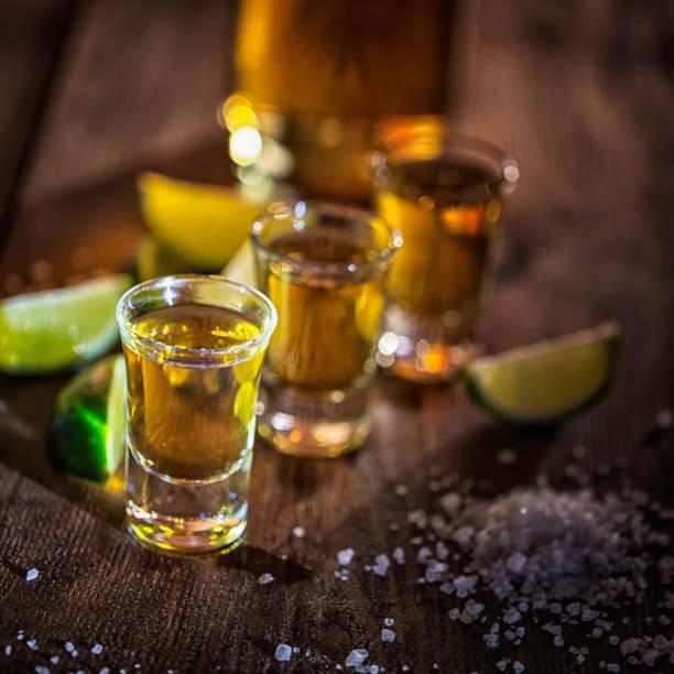 Tequila Shots avec sel et citron vert - Photo