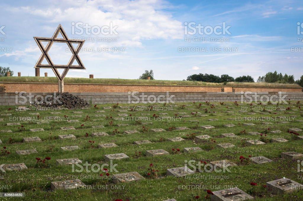 Gedenkstätte Theresienstadt und Friedhof – Foto