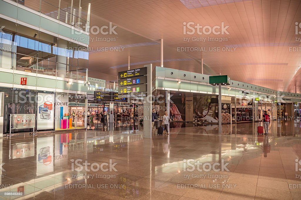Le Terminal T1 de l'aéroport de Barcelone-El Prat photo libre de droits