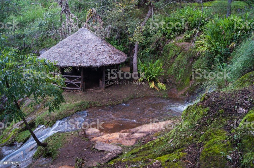 Terraza Escondida Cerca Del Arroyo Foto De Stock Y Más Banco