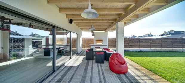 Terrace Of Modern Country House - zdjęcia stockowe i więcej obrazów Architektura
