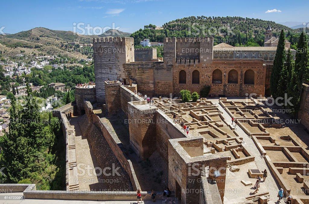 Terraza Torres Y La Muralla Alcazaba Medieval Fortaleza Foto