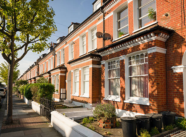 terraced houses in south london - terraced houses stock photos and pictures