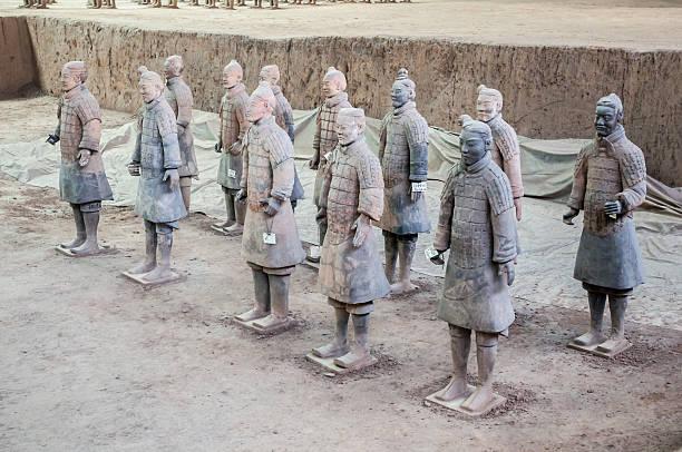 terrakotta-armee - imperialismus stock-fotos und bilder