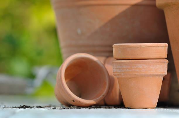 Potenciómetros de terracota - foto de stock