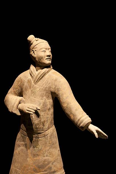 terracotta warrior in combat position, xi'an, china - chinese military bildbanksfoton och bilder