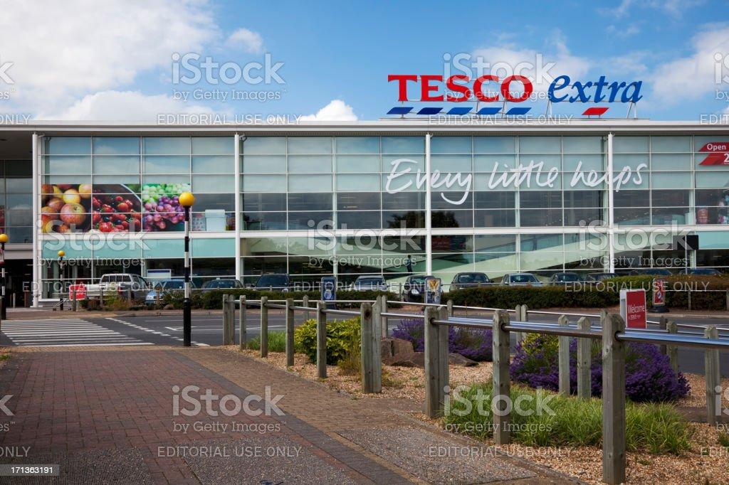Tesco-Supermarkt, Zeichen, Logos und Slogans – Foto