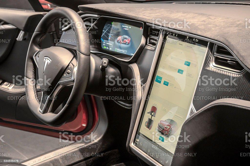 Berlin, Deutschland 26. April 2016 : Tesla Lenkrad, Arbeitsbereich – Foto