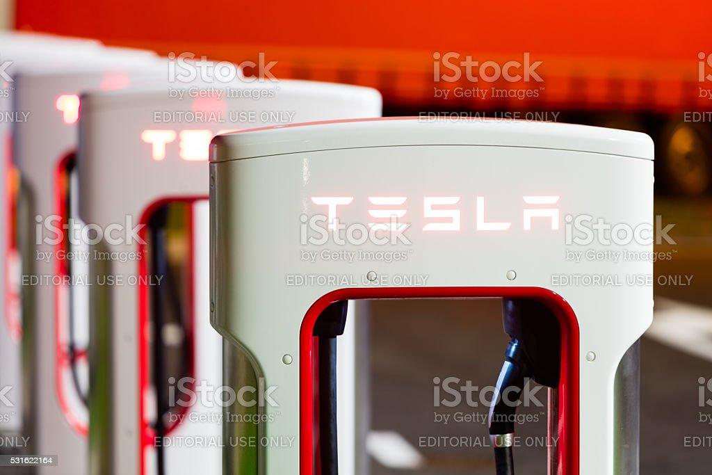 Tesla Sobrealimentador estación - Foto de stock de Batería libre de derechos