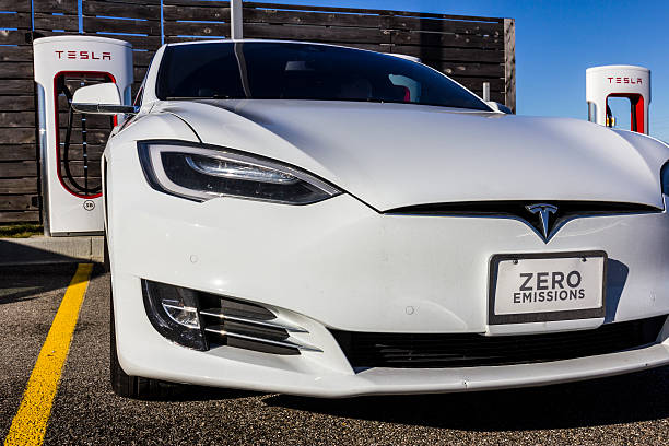 Tesla Supercharger Station XI Lafayette, US - December 27, 2016: Tesla Supercharger Station. The Supercharger offers recharging of Model S and Model X electric vehicles XI tesla motors stock pictures, royalty-free photos & images