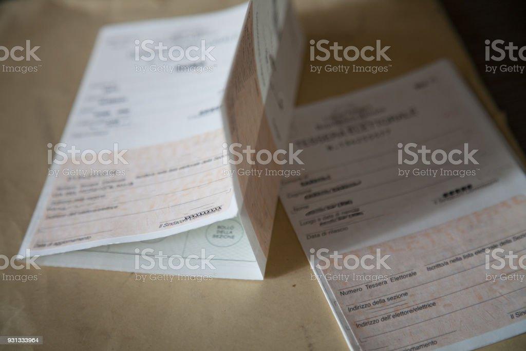 Tessera elettorale, elezioni Italia 2018 - foto stock
