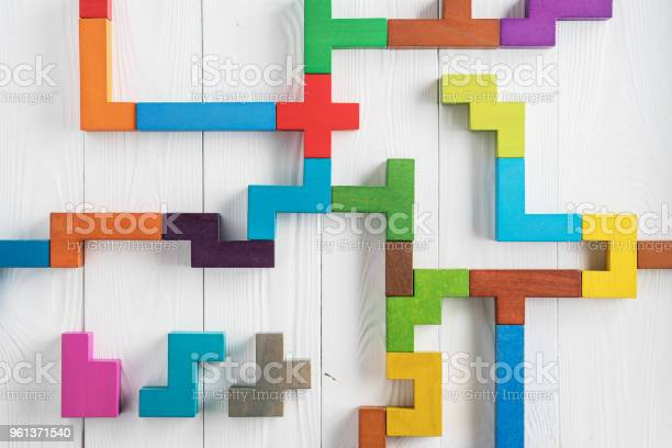 Test logical tasks composed of colorful wooden shapes top view picture id961371540?b=1&k=6&m=961371540&s=612x612&h=slqio7a0mh830zdygvtzch8h2m6v4w29cbezohepjoo=