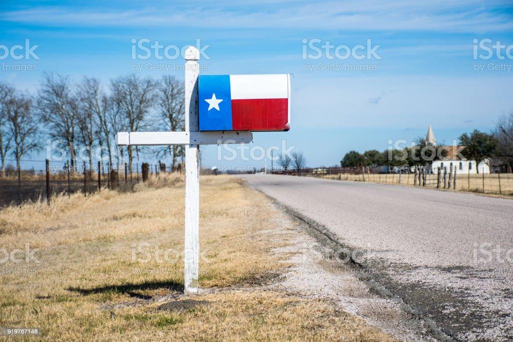 Texas State Flag Postfach eine perfekte Sylbom der Texaner stolz auf eine alte Landstraße – Foto