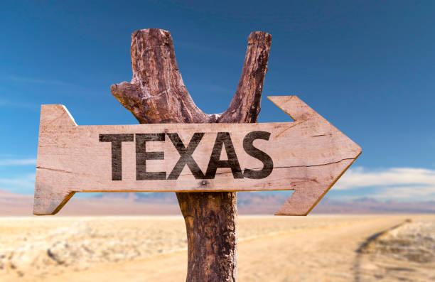 texas houten teken - arizona highway signs stockfoto's en -beelden