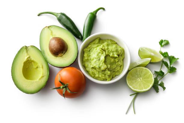 texmex comida : guacamole e ingredientes isolado no fundo branco - guacamole - fotografias e filmes do acervo