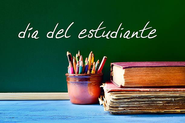 text dia del estudiante, students day in spanish - estudiante stok fotoğraflar ve resimler