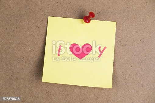 istock Text I LOVE YOU on the note 507879628