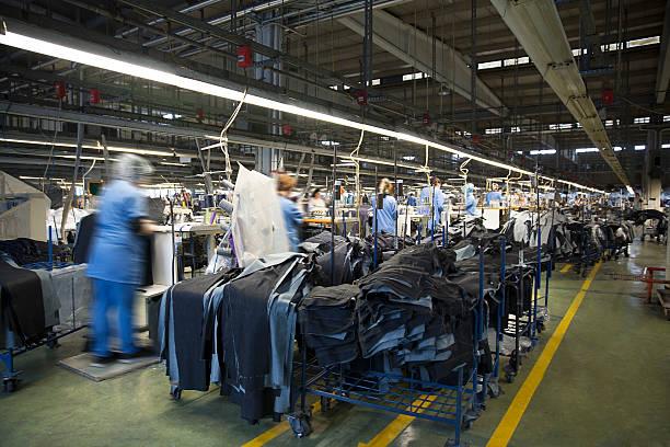 fabryka tekstylna - przemysł włókienniczy zdjęcia i obrazy z banku zdjęć