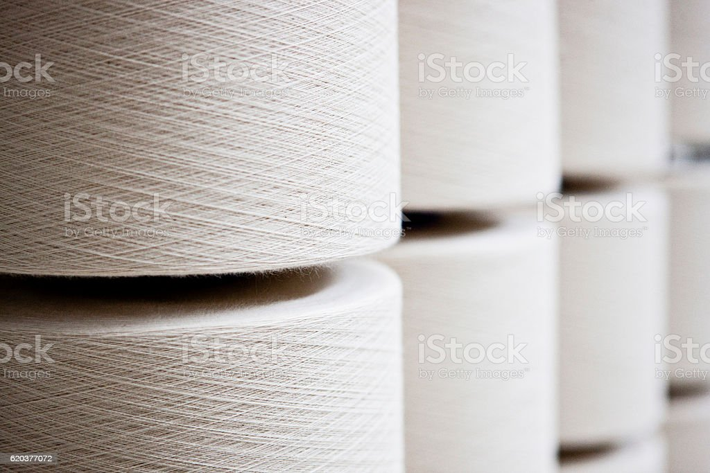 Textile thread spools - Photo