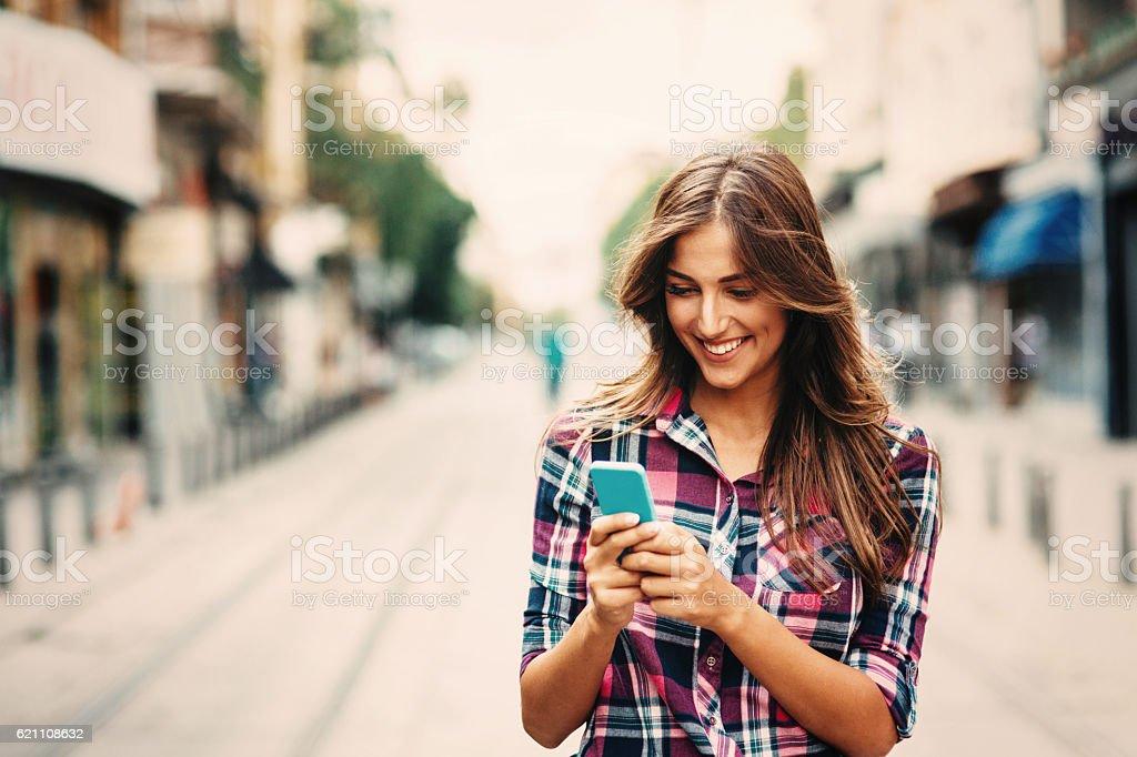 SMS sur le téléphone  - Photo