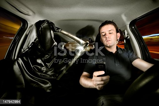istock Texting while driving 147942994