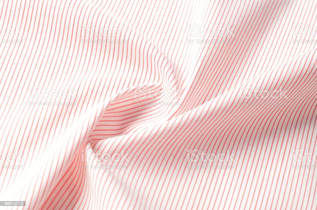Texture background pattern. Cloth cotton. White in red stripes. Abstract Seamless geometric Horizontal striped pattern with red and white stripes. - Стоковые фото Абстрактный роялти-фри