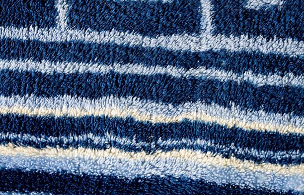 textur von blue frottee mit streifen - teppich hellblau stock-fotos und bilder