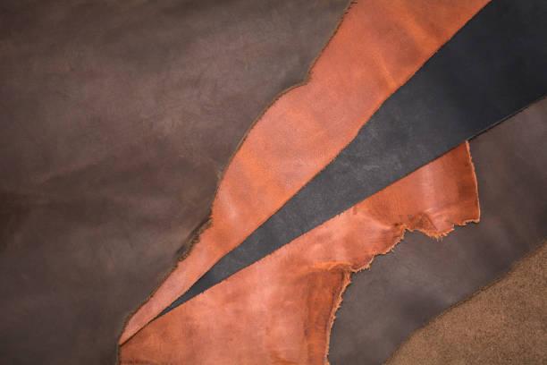 textur der stücke braun leder. natürlichen materiellen hintergrund - wie alt werden kühe stock-fotos und bilder