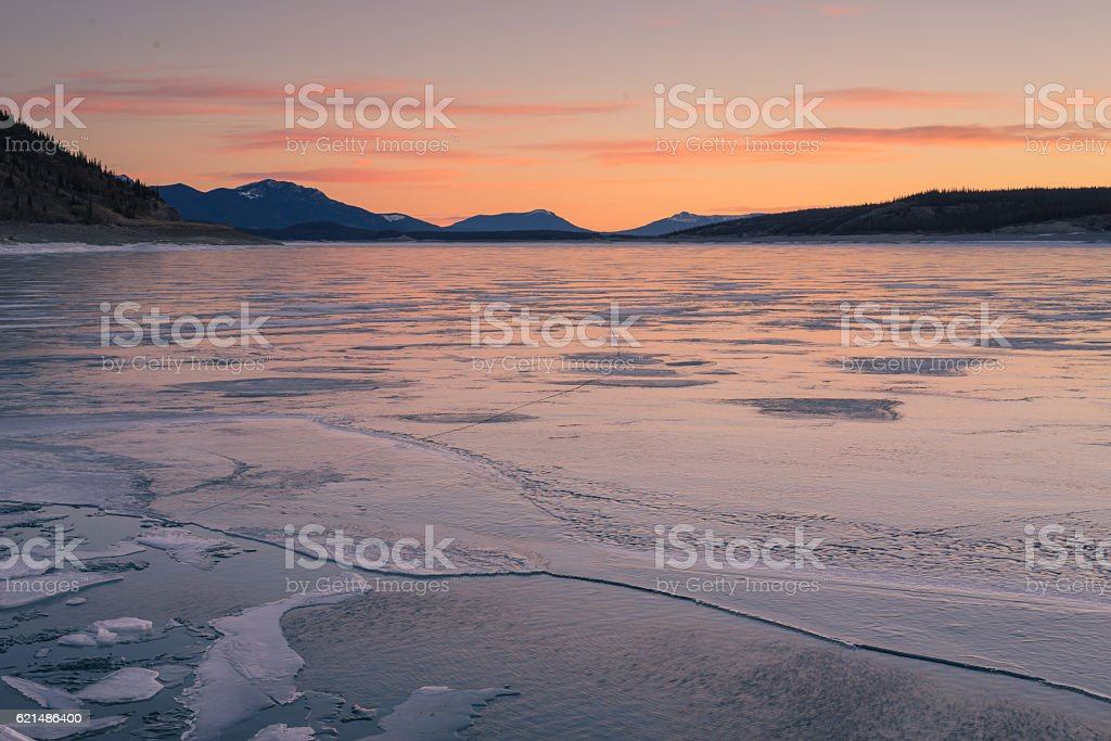 Textured Ice of Abraham Lake Lizenzfreies stock-foto