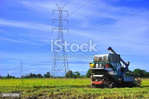 171320236 istock photo Thai farmers are using. Harvest is harvested at rice field 465670639