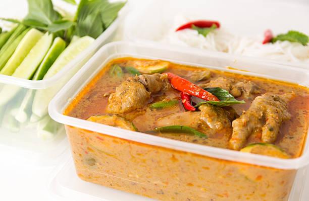 thai küche - schnelle suppen stock-fotos und bilder