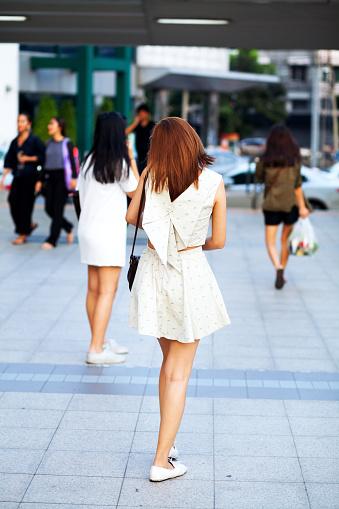работа тайских девушек
