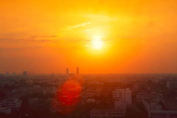 從全球變暖效應看泰國城市夏季熱浪的高溫 - 熱度 溫度 個照片及圖片檔