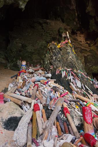 Tham Phra Nanggrottan-foton och fler bilder på Berg