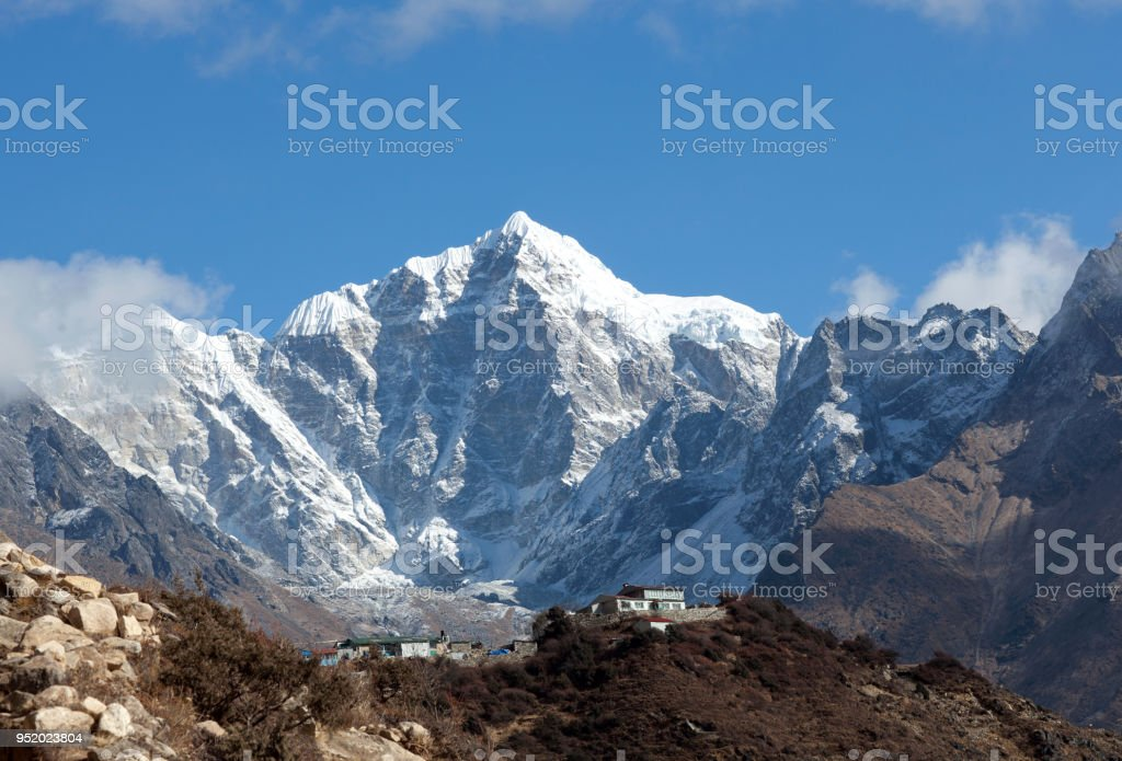 Thamserku peak on the way to Everest base camp, Nepal stock photo