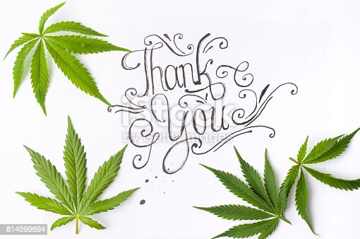 Fotografía De Gracias Tarjeta Con Hojas De Marihuana Y