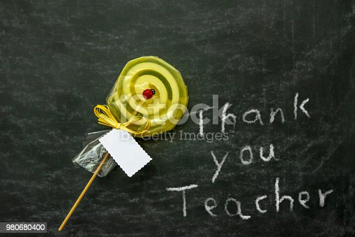 istock Thank you note to the teacher 980680400